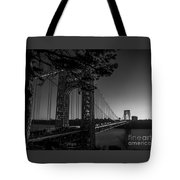 Sunrise On The Gwb, Nyc - Bw Landscape Tote Bag