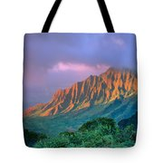 Sunset At Kalalau Lookout Tote Bag