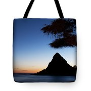 Sunset At Pokai Bay Tote Bag