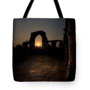 Sunset At Qutab Minar Tote Bag
