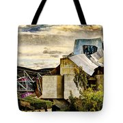 sunset at the marques de riscal Hotel - frank gehry - vintage version Tote Bag