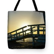 Sunset Behind A Lifeguard Station On Venice Beach Ca Tote Bag