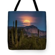 Super Moon 2018 - Wolf Moon  Tote Bag
