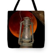 Eerie Light Of An Eclipsed Super-moon Tote Bag