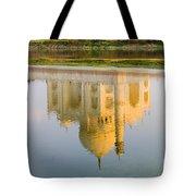 Taj Mahal Reflection Tote Bag