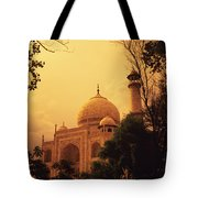 Taj Mahal Sunset Tote Bag