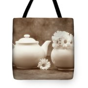 Teapot With Daisies II Tote Bag