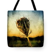 Textured Seedhead. Tote Bag