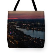 The Charles River Runs Through Boston At Sunset Boston, Ma Tote Bag