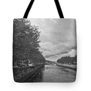 The Four Courts In Reconstruction 3 Bw Tote Bag
