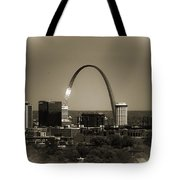 The Gateway Arch Tote Bag