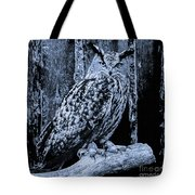 Majestic Great Horned Owl Bw Tote Bag