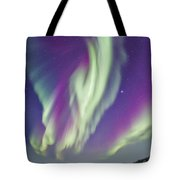 The Northern Lights In Churchill Tote Bag