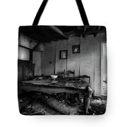 Time Keeps On Running Yesterday Living Room Tote Bag