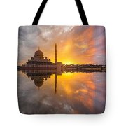 Timeslice A Day To Night Of By The Lake Tote Bag