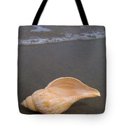 Tulip Shell Tote Bag