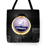 Us Route 66 Plymouth Sales Globe Sc Tote Bag