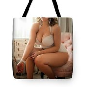 Viatropin The Human Thoughts Is An Super Tote Bag