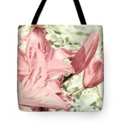 Vintage Lilly Delight Tote Bag