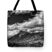 Volcan De Fuego - Bnw - Antigua Guatemala Tote Bag