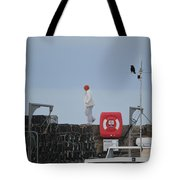 Walking The Pier Wall Tote Bag