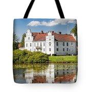 Wanas Slott With Reflection Tote Bag