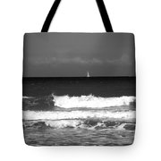 Waves 4 In Bw Tote Bag
