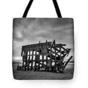 Weathered Rusting Shipwreck In Black And White Tote Bag