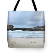 White Sand Beach And Large Rock Formations In Aruba Tote Bag