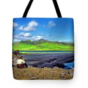 Wide View Tote Bag