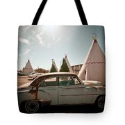 Wigwam Motel Classic Car #8 Tote Bag