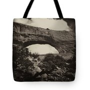 Wilson Arch No 1a Tote Bag