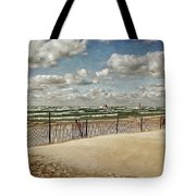 Winter Fences In Grand Haven 2.0 Tote Bag