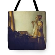 Woman With A Pearl Necklace Tote Bag