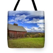 Woodstock Vermont Old Red Barn In Autunm Tote Bag