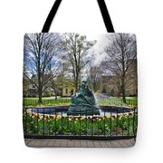 Wynken Blynken And Nod Tote Bag by Stephanie Calhoun
