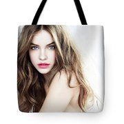 Your Skin To Get Away Fast Tote Bag