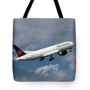 Air Canada Boeing 777-233 Lr Tote Bag