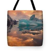 Sunset On Iceberg Tote Bag