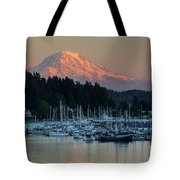 Sunset At Gig Harbor Marina With Mount Rainier In The Background Tote Bag