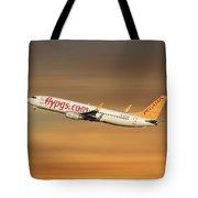 Pegasus Airlines Boeing 737-82r Tote Bag