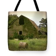 Abandoned Barn And Hay Roll 2018d Tote Bag