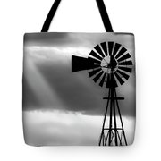 Bw Windmill And Crepuscular Rays -01 Tote Bag by Rob Graham