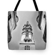 City Hall In Center City Philadelphia In Black And White Tote Bag