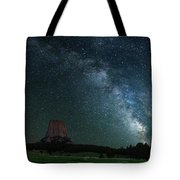 Devil's Tower At Night Tote Bag by Gary Lengyel
