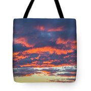 January Sunset - Vertirama 3 Tote Bag