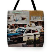 Lunch At Snappy Tote Bag by Randy Sylvia