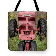 Old Farmall Vintage Tractor Springfield Nh Tote Bag