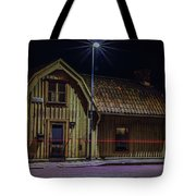 Old House #i0 Tote Bag by Leif Sohlman