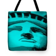 Statue Of Liberty In Turquois Tote Bag